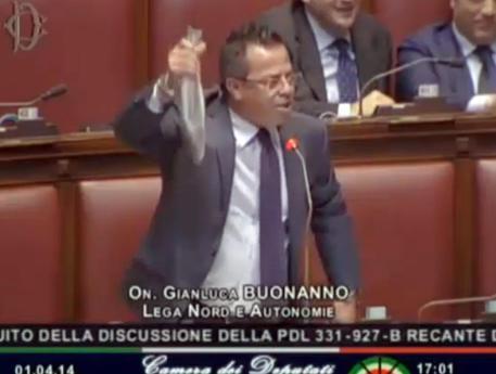 """Camera: a Bonanno spigola in Aula """"costa"""" 2.600 euro"""