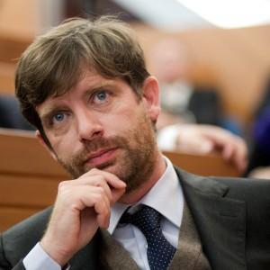 civati critica renzi per aver scelto scontro su riforme