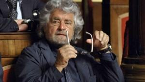 Beppe Grillo diserta l�intervista: i 2000 euro verranno rimborsati