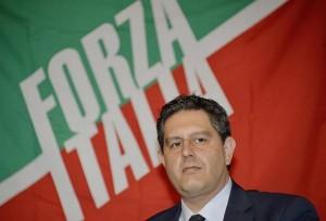 Forza Italia sprona Renzi: �Se sul lavoro non cede a compromessi avr� il nostro appoggio�