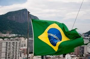 Brasile: domenica il ballottaggio, Rousseff contro Neves