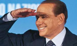 Elezioni, Berlusconi sbaglia e va al comizio del centrosinistra