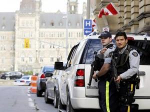 Caos in Canada, terroristi sparano in Parlamento