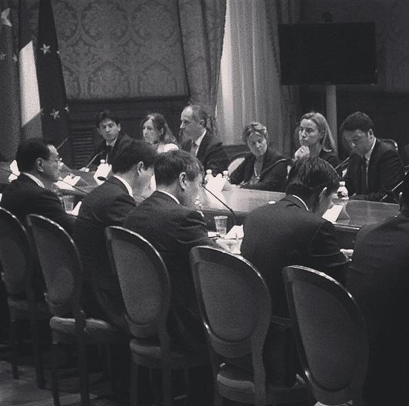 italia-cina accordi commerciali per 8 miliardi di euro