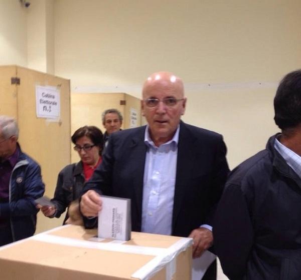 oliverio mario vince primarie calabria contro callipo elezioni regionali