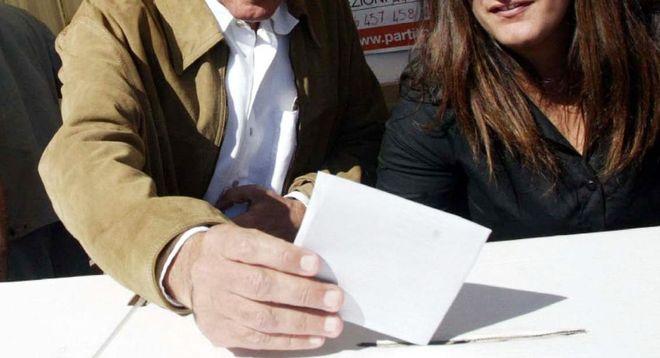 primarie campania si terranno 14 dicembre per scelta candidato presidente centrosinistra elezioni regionali campania