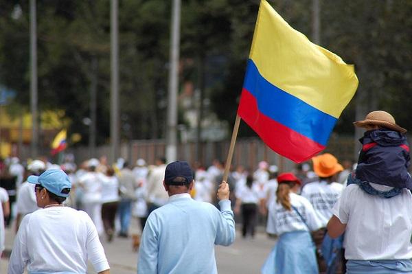 Negoziati Colombia, santos, colombia, farc, alzate