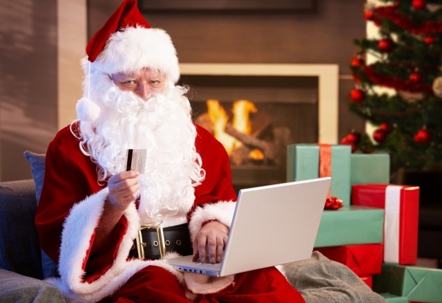 regali online a natale in aumento