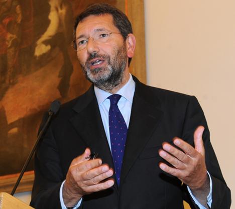 ignazio marino commenta arresti roma