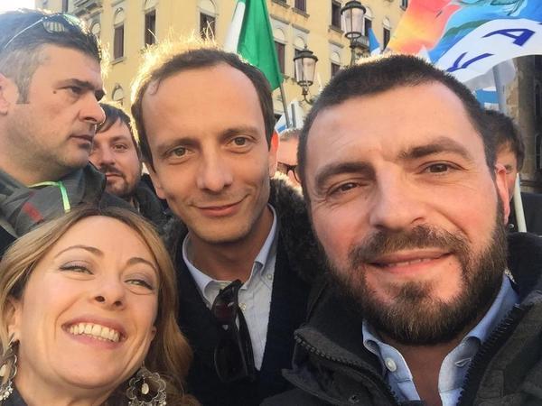 pensioni notizie oggi, Rizzetto a manifestazione FdI
