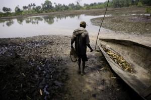 Elezioni Nigeria: come inquinare, farla franca e vincere le elezioni