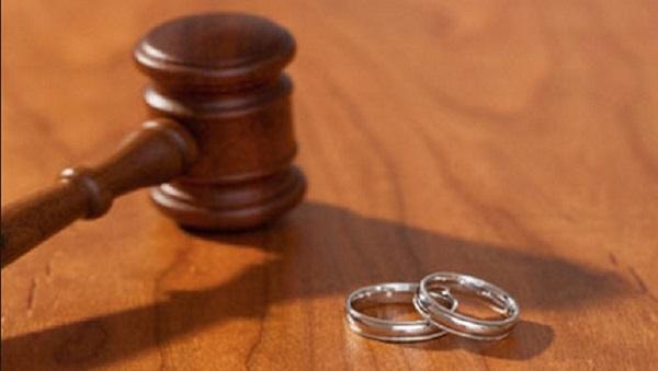 stralcio divorzio lampo