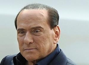 Forza Italia, linea dura di Berlusconi sui candidati governatori di Puglia e Toscana