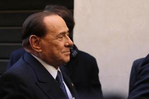Riposo? No Berlusconi sogna la rivincita