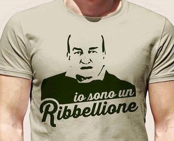 maglia con stampa dedicata al candidato sindaco di cerignola gerardo bevilacqua