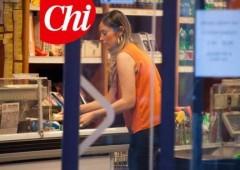 Chi fotograta Boschi al supermercato, la bellezza e la semplicità del ministro fanno sempre notizia