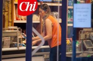 Chi fotograta Boschi al supermercato, la bellezza e la semplicit� del ministro fanno sempre notizia