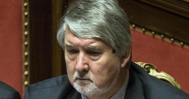 pensioni ultime notizie, ministro poletti con barba bianca