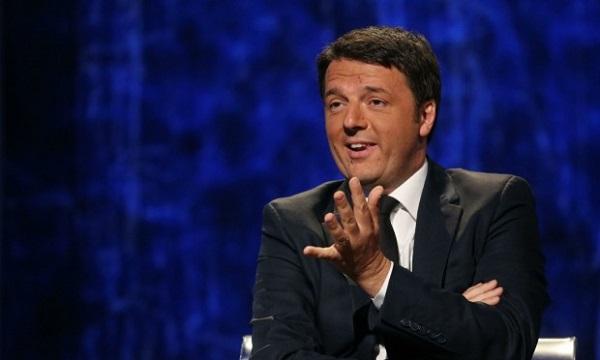 Scontro Renzi-Berlusconi