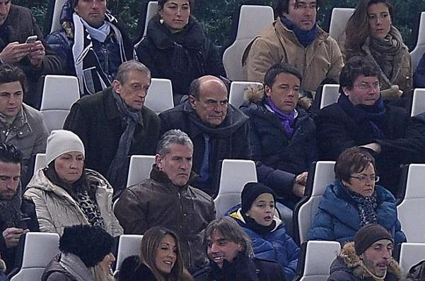allo stadio fassino bersani e renzi in tribuna allo stadio franchi di firenze