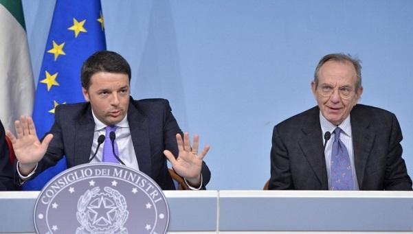 tavolo del governo renzi e padoan in conferenza stampa