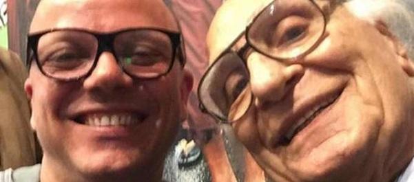 Selfie per Gigi D'Alessio ed il leader dei radicali Marco Pannella