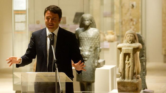 Il premier Matteo Renzi in visita al Museo Egizio di Torino