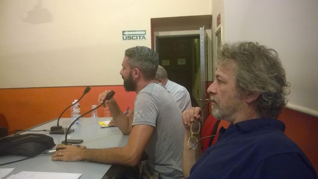 """Convegno a Torino """"Com'è andata?"""" 30 giugno 2015 confronto post elezioni. Nella foto Al microfono Giuseppe Tipaldo, accanto Paolo Natale. Dietro Tipaldo, Paolo Garbarini."""