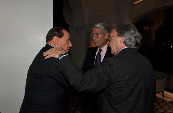 Berlusconi e Della Valle di spalle