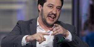 Servizio militare e civile obbligatorio, Salvini annuncia proposta di legge e sonda umori sui social