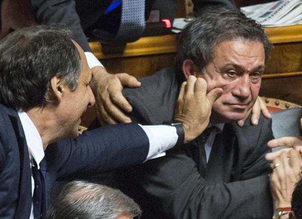 buffetto in aula al senato dal collega per senatore azzollini dopo voto contro richiesta di arresto