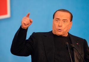 Lettera di Berlusconi al Giornale: �L�Europa non pu� permettersi di perdere la Grecia�
