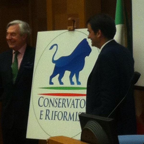Raffaele fitto logo conservatori e riformisti