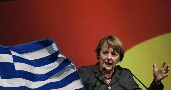 merkel tra la bandiera della grecia e la bandiera della germania