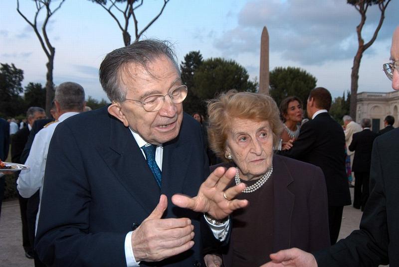 giulio andreotti con sua moglie livia danese