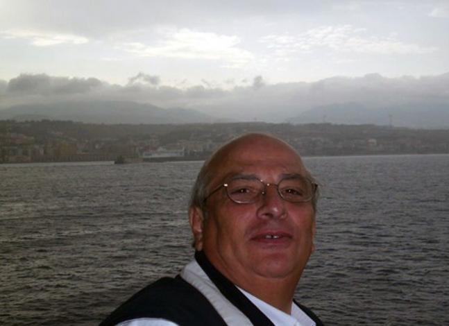 giancarlo cito selfie con il mare sullo sfondo