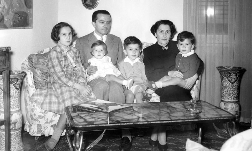 giulio andreotti e livia danese, con la propria famiglia