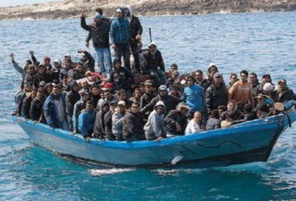 migranti su barca