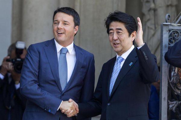 Renzi e Abe primo ministro giapponese