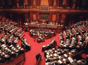 Cambi di casacca: ecco come è cambiato il Parlamento in questi tre anni