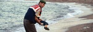 Bodrum: da Renzi ad Alfano, la foto del bimbo annegato scuote la politica