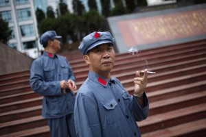 Cina: un giovane su 3 rischia di morire a causa del fumo