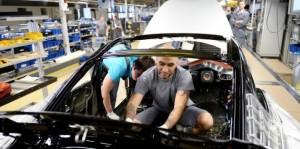 Salario minimo: il Governo punta alla riforma contrattuale
