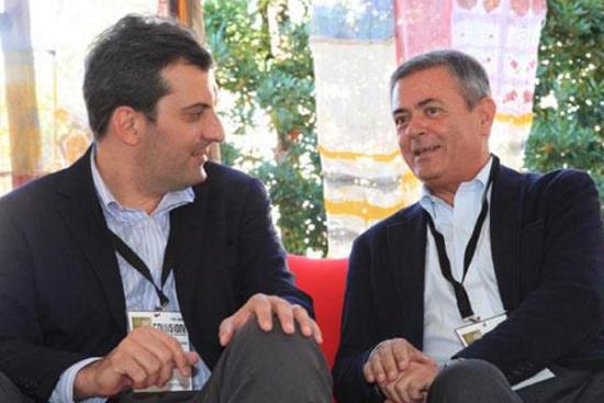 Direttore Repubblica, Ezio Mauro, Mario Calabresi, foto di Ezio Mauro e Mauro Calabresi durante un dibattito