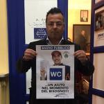 Buonanno, Lega, bidet, il sindaco di Borgosesia ed eurodeputato della Lega con una locandina con foto di marquez da affiggere nei bagni pubblici del comune di cui è sindaco