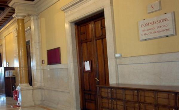 Legge di stabilit via libera della commissione bilancio for Commissione bilancio camera