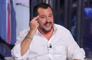 Lo scontro tra Salvini e Napolitano che finisce in tribunale