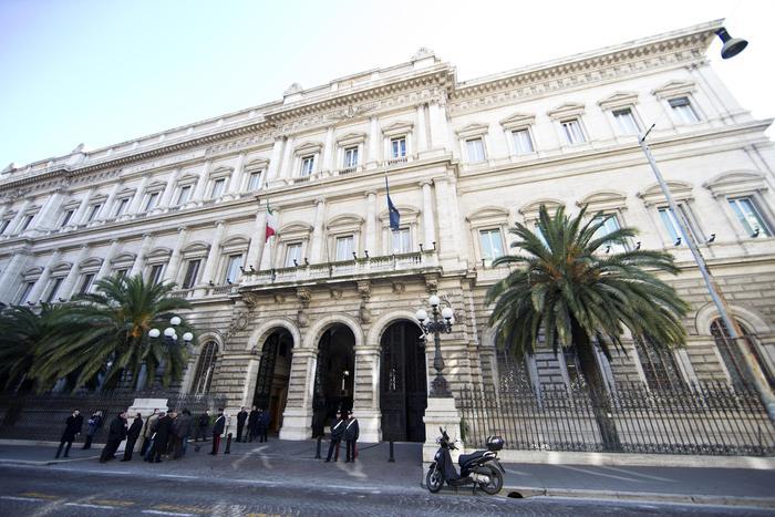 Borsa Italiana, Bankitalia, facciata