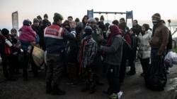 Siria: accordi di pace sospesi, 400 mila senza aiuti umanitari