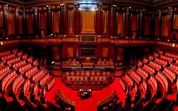 sondaggi, unioni civili, foto del Parlamento postata da Roberto Saviano